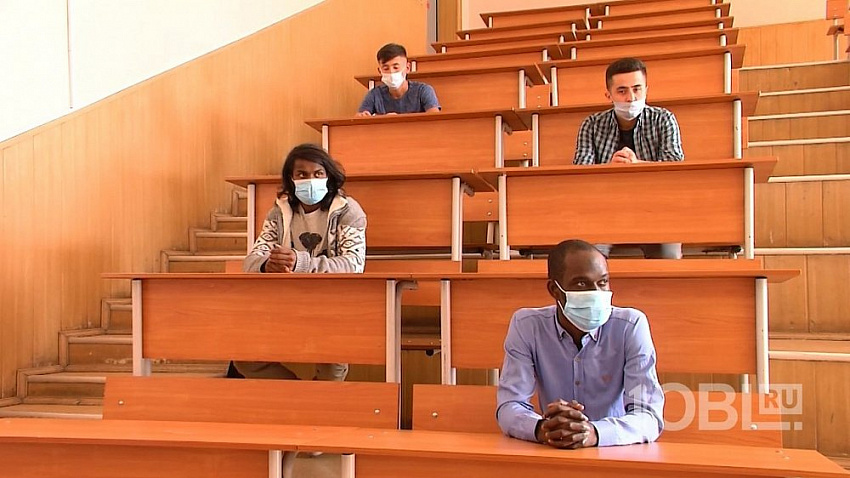 В Челябинске некоторые иностранные студенты останутся на дистанционном обучении