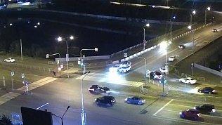 Авария на Университетской набережной попала на камеру видеонаблюдения