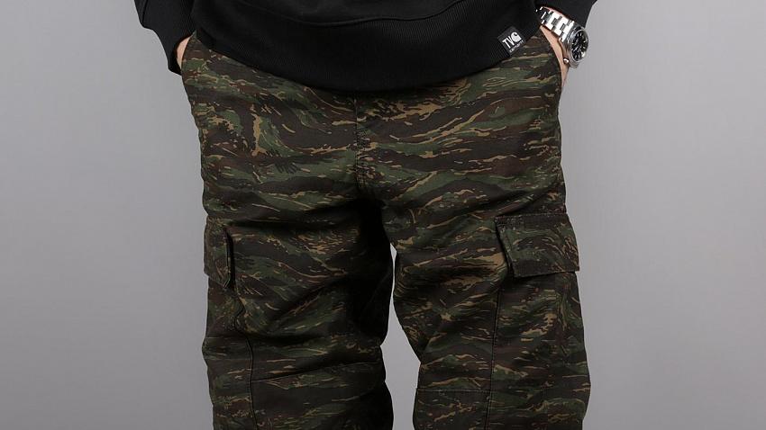 Разнообразие выбора камуфляжных брюк