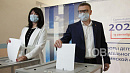 Алексей Текслер проголосовал на выборах в региональный парламент