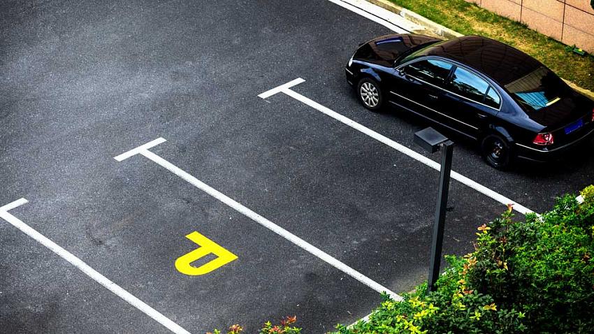 Выпускник ЮУрГУ разработал программу по поиску свободных парковочных мест
