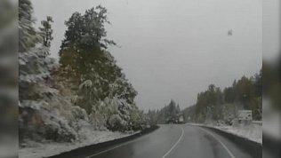 Первый снег выпал в горнозаводской зоне: видео с трассы М-5