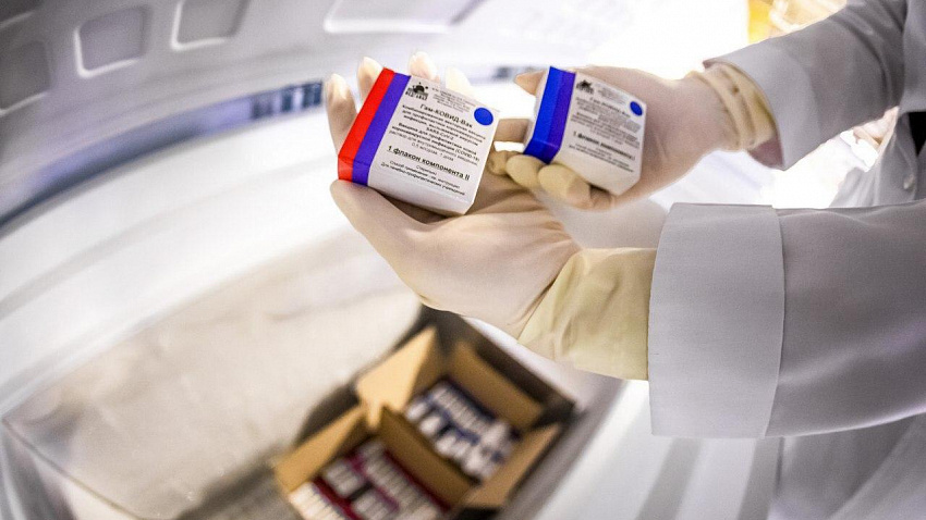Первая партия вакцины от коронавируса поступила в Челябинскую область