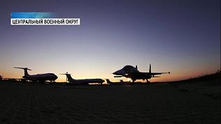 Истребители-бомбардировщики выполнили полет в стратосферу