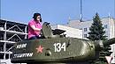 Алексей Текслер поздравил южноуральцев с днём героев Танкограда