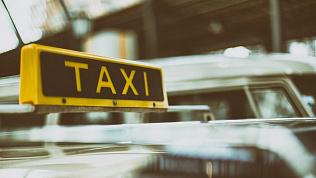 Челябинские таксисты собираются бастовать из-за снижения гарантии заработка