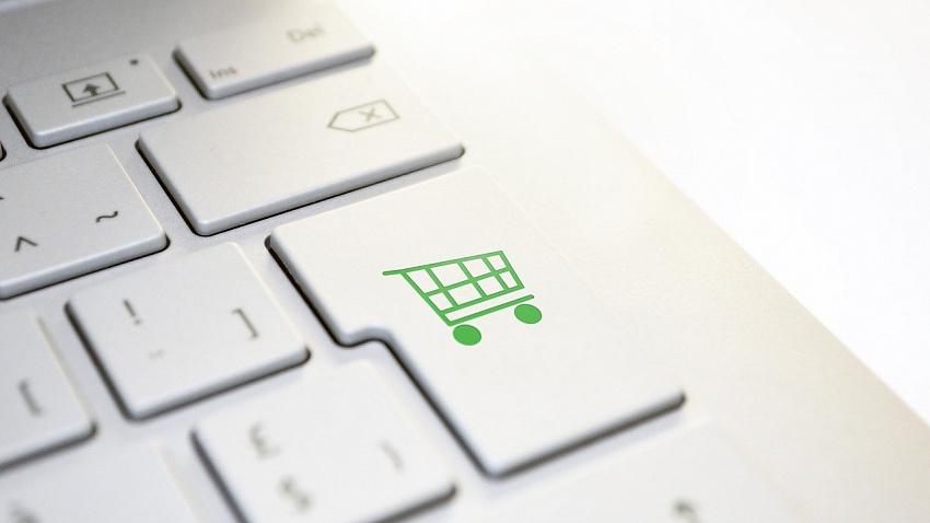 Жители Челябинской области стали чаще покупать продукты через интернет