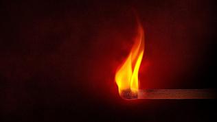 Забил битой и поджег: за жестокое убийство суд вынес приговор жителю Магнитогорска