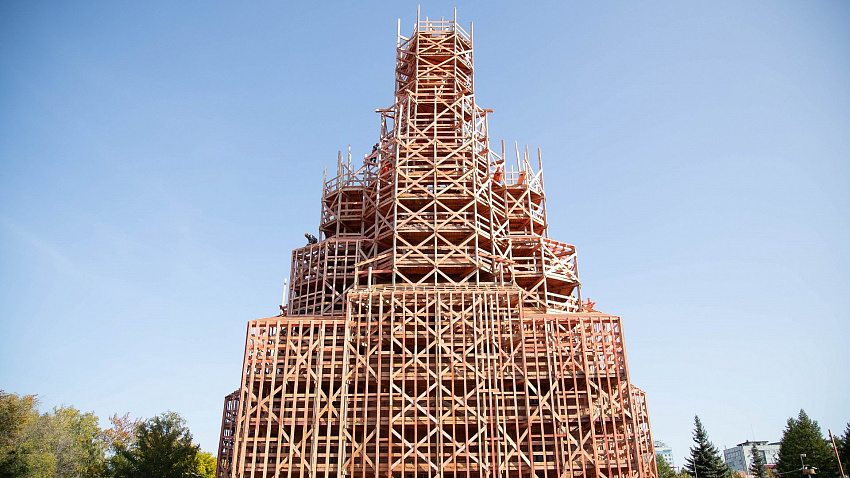 Реконструкцией храма Александра Невского занимается компания из Санкт-Петербурга
