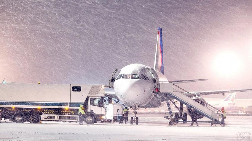 В Челябинске из-за погодных условий нарушена работа аэропорта