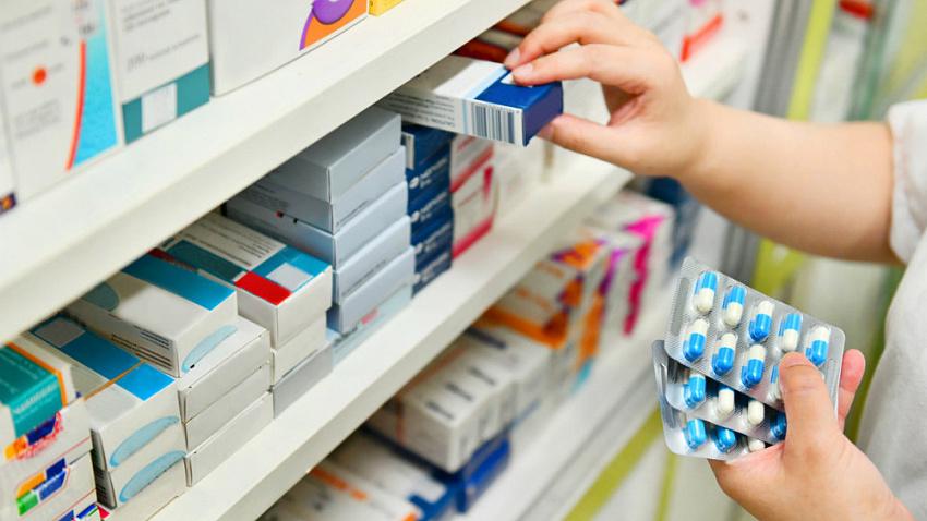 В российских аптеках рекордно выросли продажи