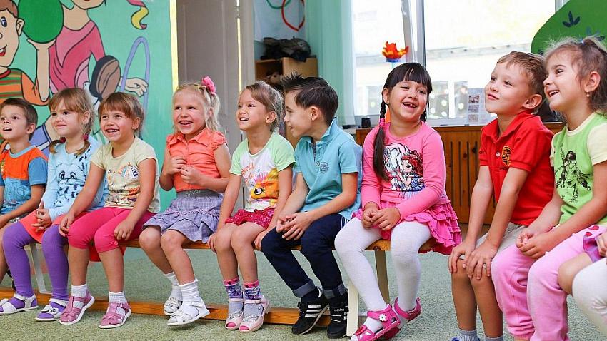 Родителей дошкольников в Челябинской области не пустят на новогодние утренники