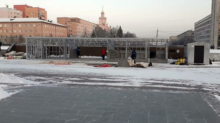 В Челябинске строительство катка возле памятника Курчатову приостановили после жалоб