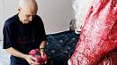 В Челябинске открыт сбор подарков дляодиноких и больных стариков