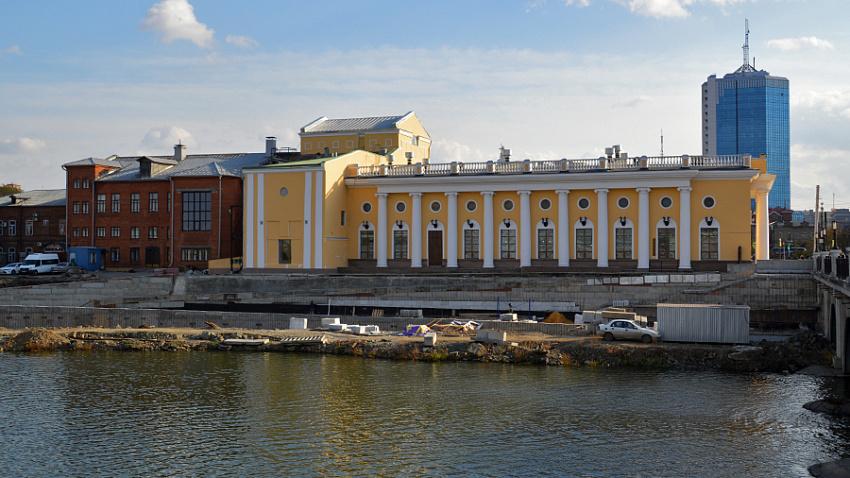 Подрядчик сорвал сроки сдачи набережной в историческом центре Челябинска