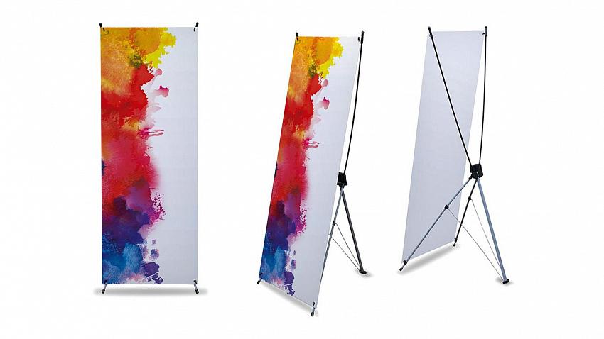 Особенности конструкции и применения баннерных стендов с печатью