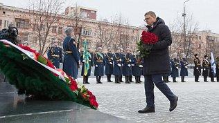 Алексей Текслер почтил память Героев Отечества