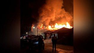 В Миассе большой пожар попал на видео