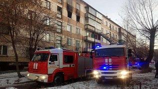 Молодая женщина погибла напожаре вбывшем общежитии вЧелябинске