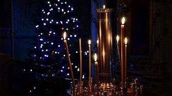 Онлайн-трансляция ночного Рождественского богослужения