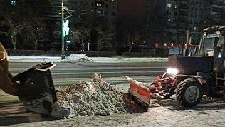 За ночь сулиц Челябинска вывезли 2,7тысячи тонн снега