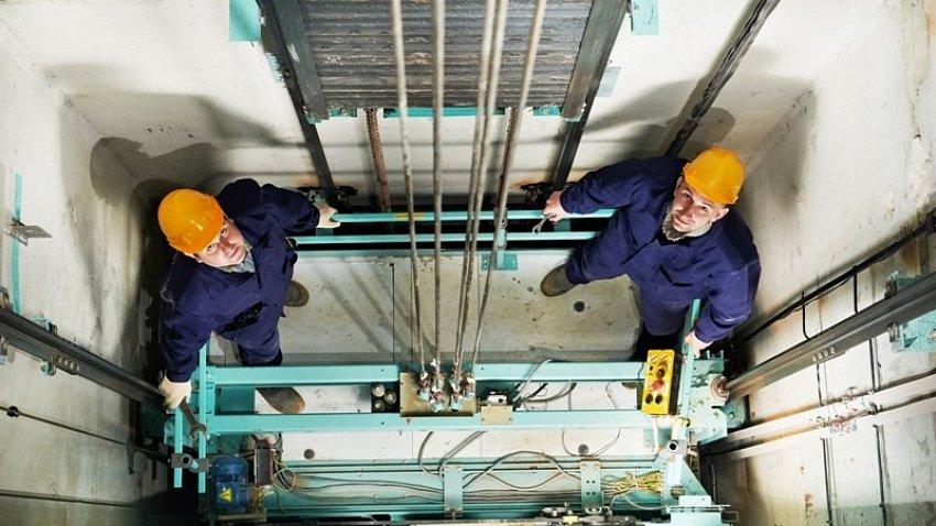 В Челябинске приостановили закупки лифтов на 1 млрд рублей
