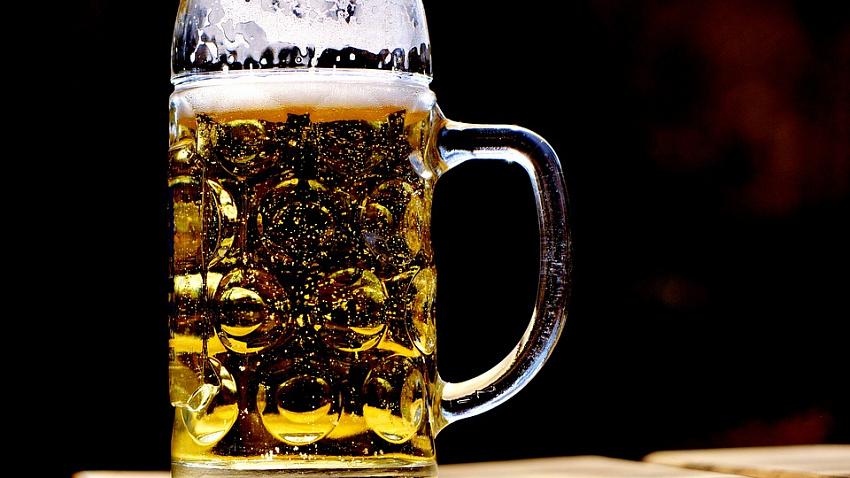 Закон о маркировке пенного напитка ударит по малому бизнесу, считают пивовары Челябинской области