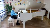 В Саткинской школе искусств №1 появились уникальные рояль и пианино