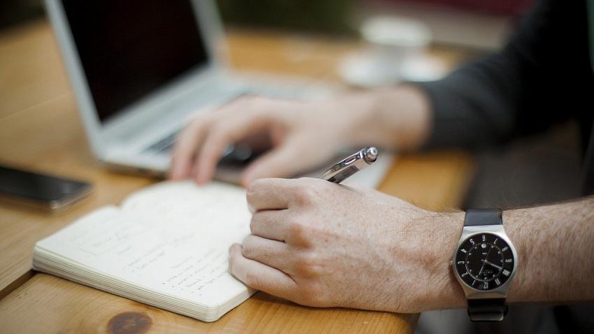 Технологу-разработчику и начальнику IT-отдела в Челябинске предлагают самые высокие зарплаты