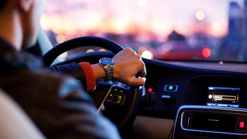 В Челябинской области за февраль продано на 18% больше люксовых автомобилей с пробегом