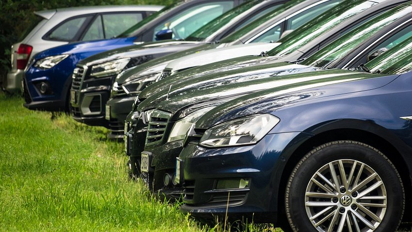 Южноуральцы в феврале купили в 2,5 раза больше автомобилей класса «люкс»